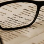 オンライン英会話初心者の適切なテキストの選び方と効果的な使い方